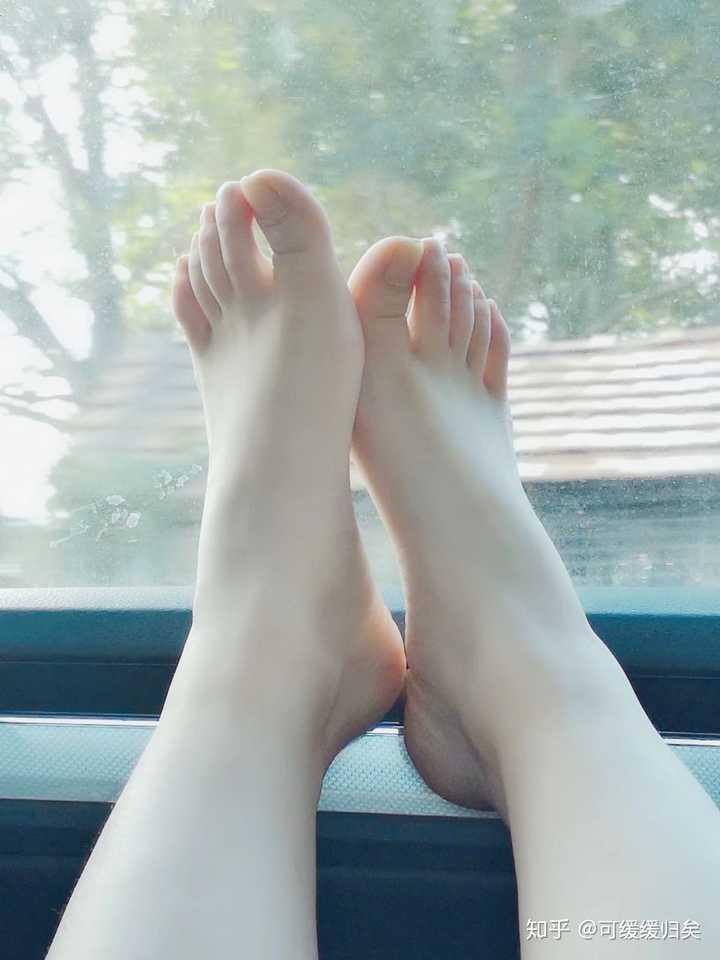 女生什么样的脚才好看呢?插图2