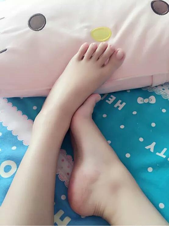 女生什么样的脚才好看呢?插图3